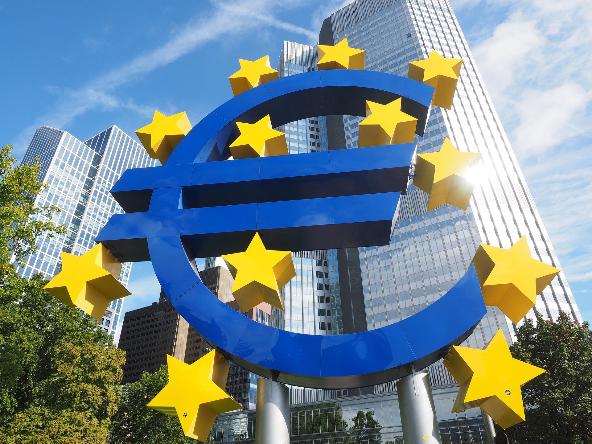 【FX初心者】ユーロ円の特徴と稼ぐための取引手法をわかりやすく解説